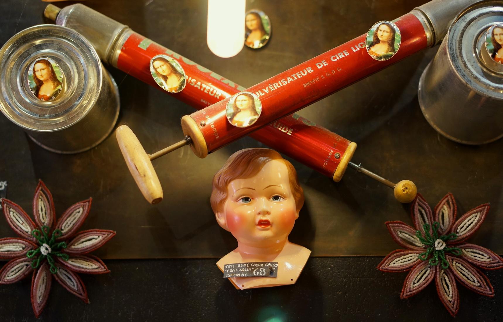 poupée rétro, kitsch, tombées du camion, puces de saint-ouen, poupée freaky, old doll, dolls