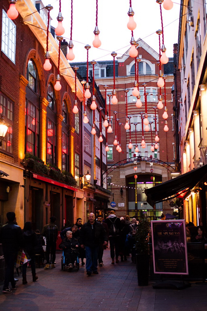 londres, london, soho, carnaby street, christmas lights, christmas spirit