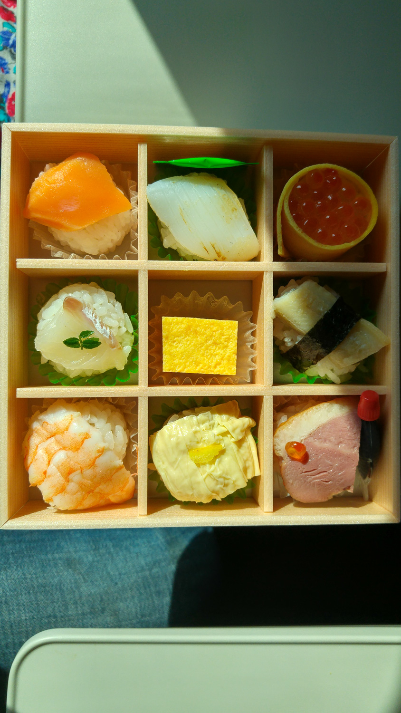 shinkansen, eki-bento, voyage japon, bento shinkansen, bento train japon, ekiben, ekiben shinkansen