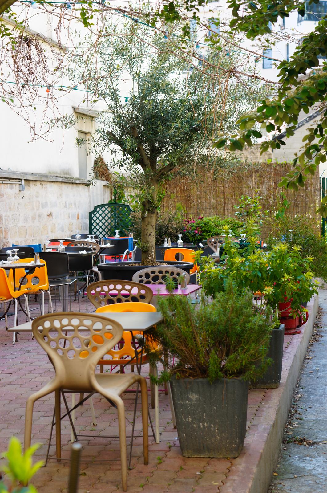 guide l'autre paris, paris 20, idée balade paris, paris insolite, paris autrement, paris secret,nicolas le goff, café au fond du jardin, au fond du jardin rue pelleport
