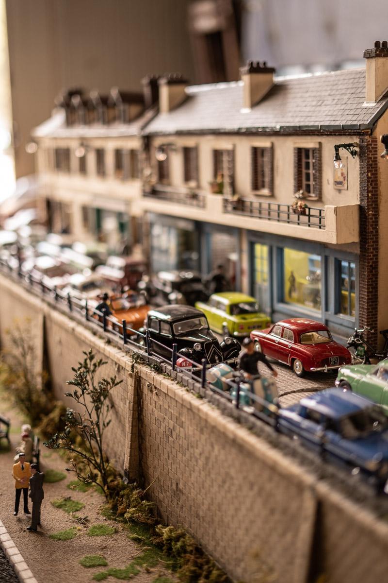 embouteillage, embouteillage lapalisse, véhicules collection, voitures collection, défilé vieilles voitures, défilé voitures anciennes, défilé voitures collection, sixties voitures, voitures lapalisse, nationale 7 voitures, avaia